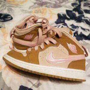Girls Nike Jordans. Size 11c